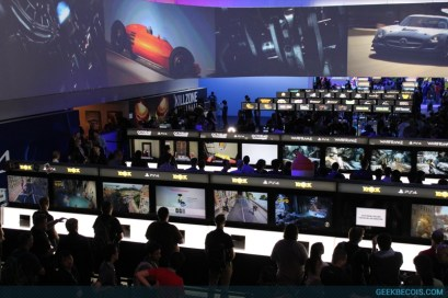 E2013_sony_booth_84