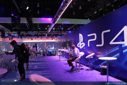 E2013_sony_booth_98