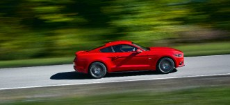 ford-mustang-2015-00003