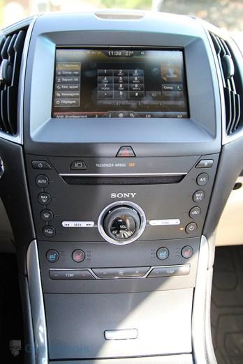 Système de commandes - Ford Edge 2015