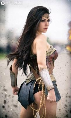 wonder-woman-cosplay-17