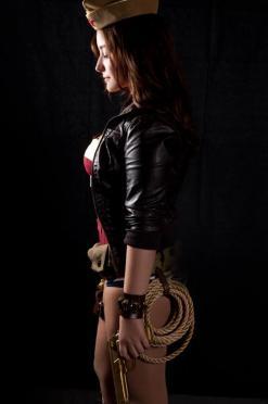 wonder-woman-cosplay-27
