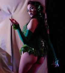 poison-ivy-cosplay-15