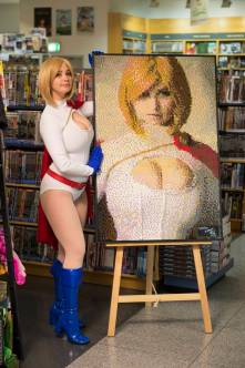 power-girl-cosplay-44