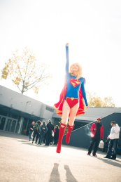 supergirl-cosplay-29