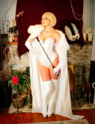 Emma Frost Cosplay 30