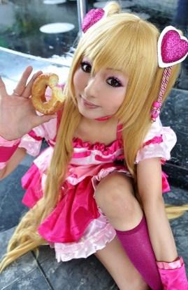 Princess Peach Cosplay 17