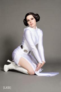 Princess Leia Cosplay 34