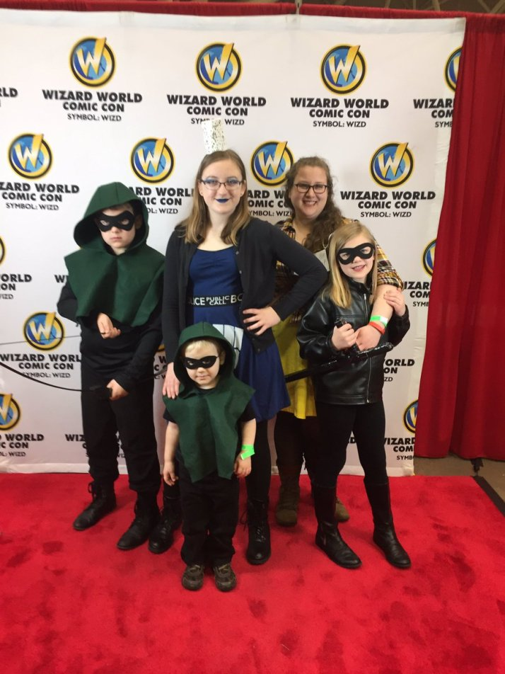 Wizard World Minneapolis 2017 Cosplay - Green Arrows | Black Canary | TARDIS