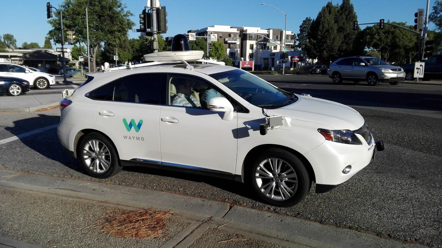 Geek Cat - Waymo autonomiczne samochody google mountain view dolina krzemowa