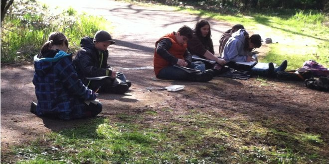 Burnt Bridge Creek Students Record Data
