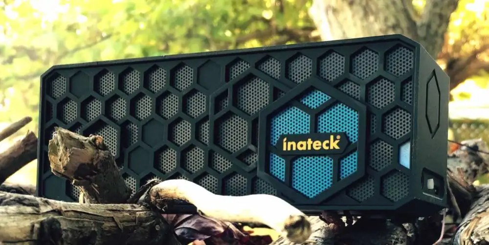 Inatek portable Bluetooth speaker