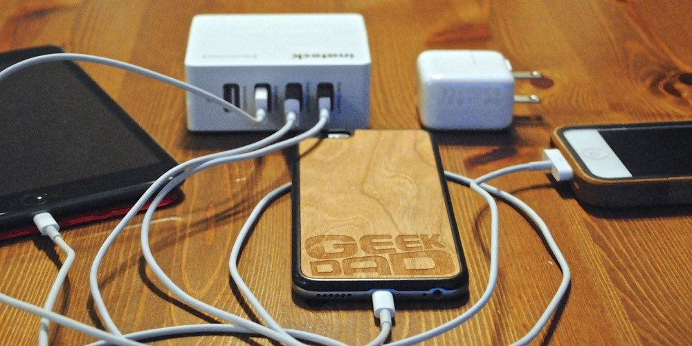 GeekDad Review: Inateck 4-Port Compact USB Charger
