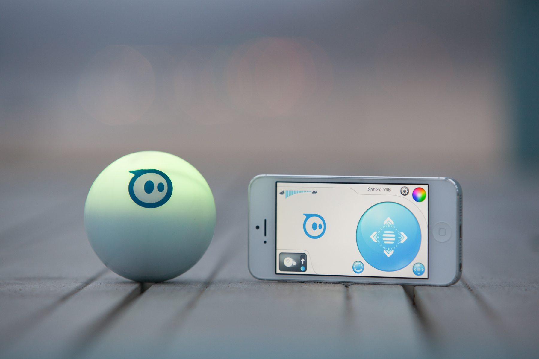 Sphero – The Ball That Does It All (With Brent Spiner!)