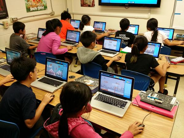 Using 'Contraption Maker' in schools. Image: Spotkin
