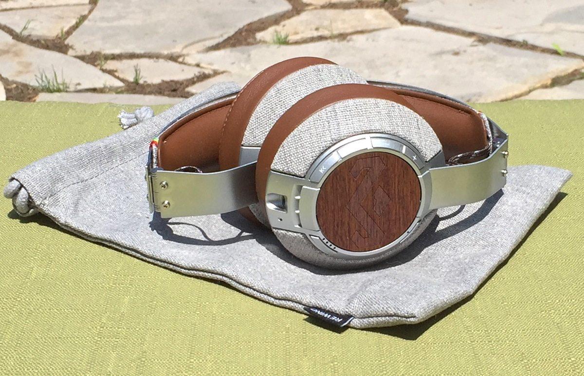 HoM XLBT headphones collapse