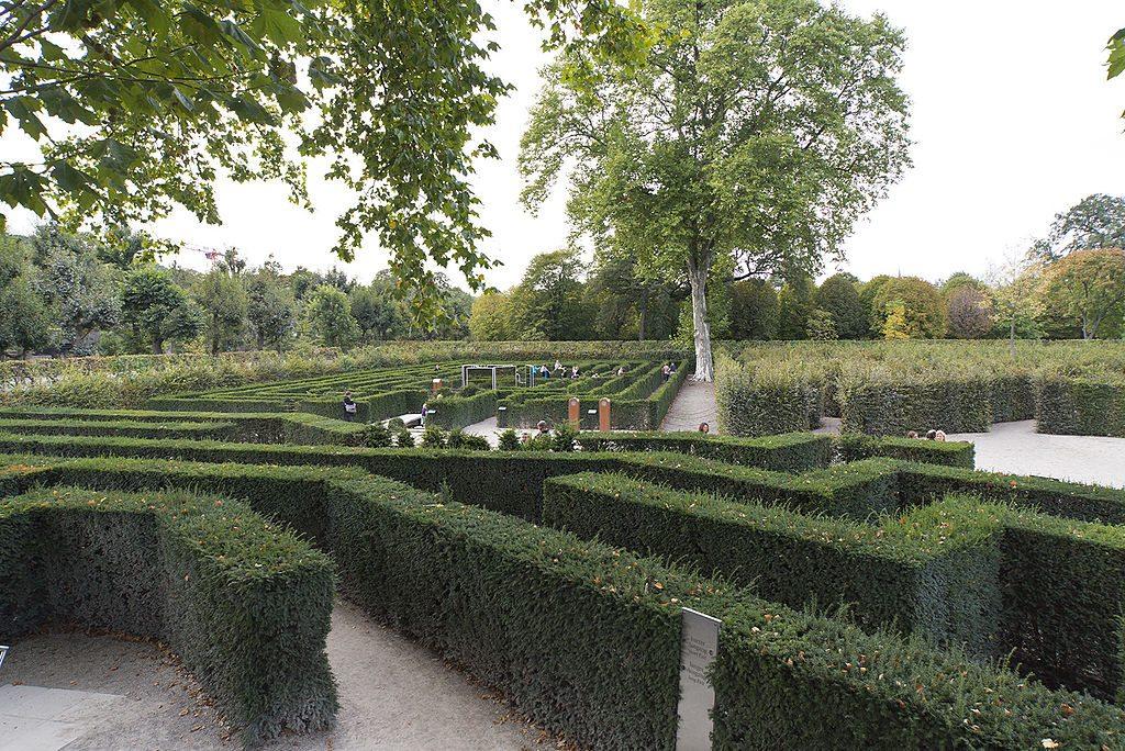 Schönbrunn_Palace Maze