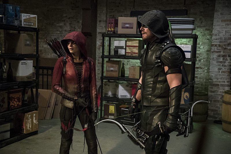 """Arrow -- """"The Candidate"""" -- Image AR402A_0527b-- Pictured (L-R): Willa Holland as Speedy and Stephen Amell as The Arrow -- Photo: Katie Yu /The CW -- �© 2015 The CW Network, LLC. All Rights Reserved."""