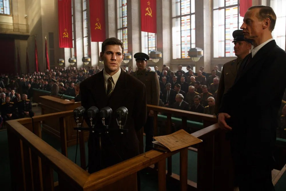 Francis Gary Powers (Austin Stowell) is put on trial in Moscow after being shot down in a spy plane.