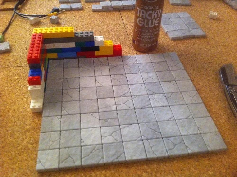 Legos ensure square coners
