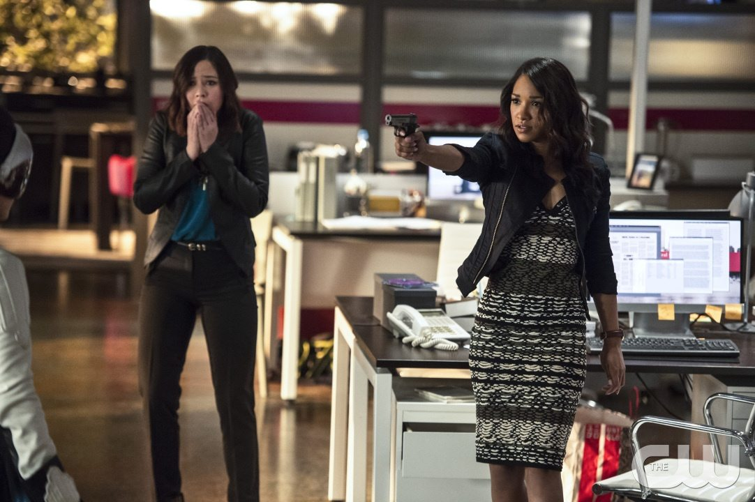 "The Flash -- ""The Darkness and the Light"" -- Image FLA205B_0103b.jpg -- Pictured (L-R): Malese Jow as Linda Park and Candice Patton as Iris West -- Photo: Cate Cameron/The CW -- �© 2015 The CW Network, LLC. All rights reserved."