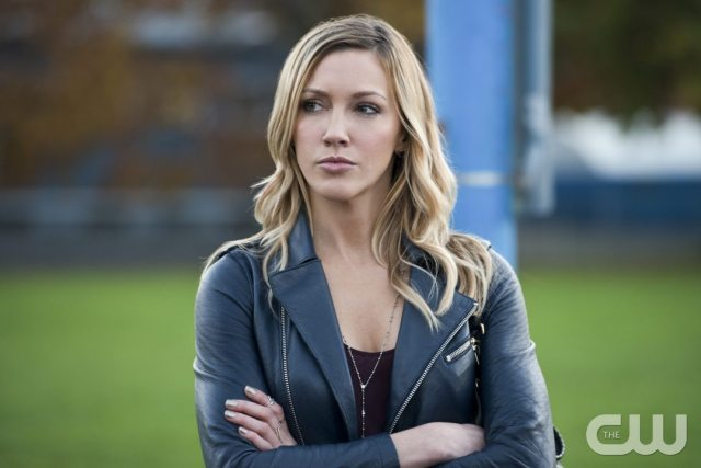 """Arrow -- """"Dark Waters"""" -- Image AR409A_0278b.jpg -- Pictured: Katie Cassidy as Laurel Lance -- Photo: Diyah Pera/ The CW -- �© 2015 The CW Network, LLC. All Rights Reserved."""