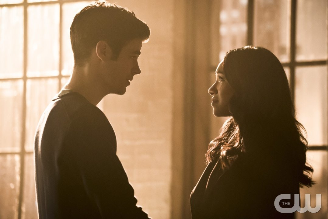 "The Flash -- ""Running to Stand Still"" -- Image: FLA209b_0264b.jpg -- Pictured (L-R): Grant Gustin as Barry Allen and Candice Patton as Iris West -- Photo: Katie Yu/The CW -- �© 2015 The CW Network, LLC. All rights reserved."