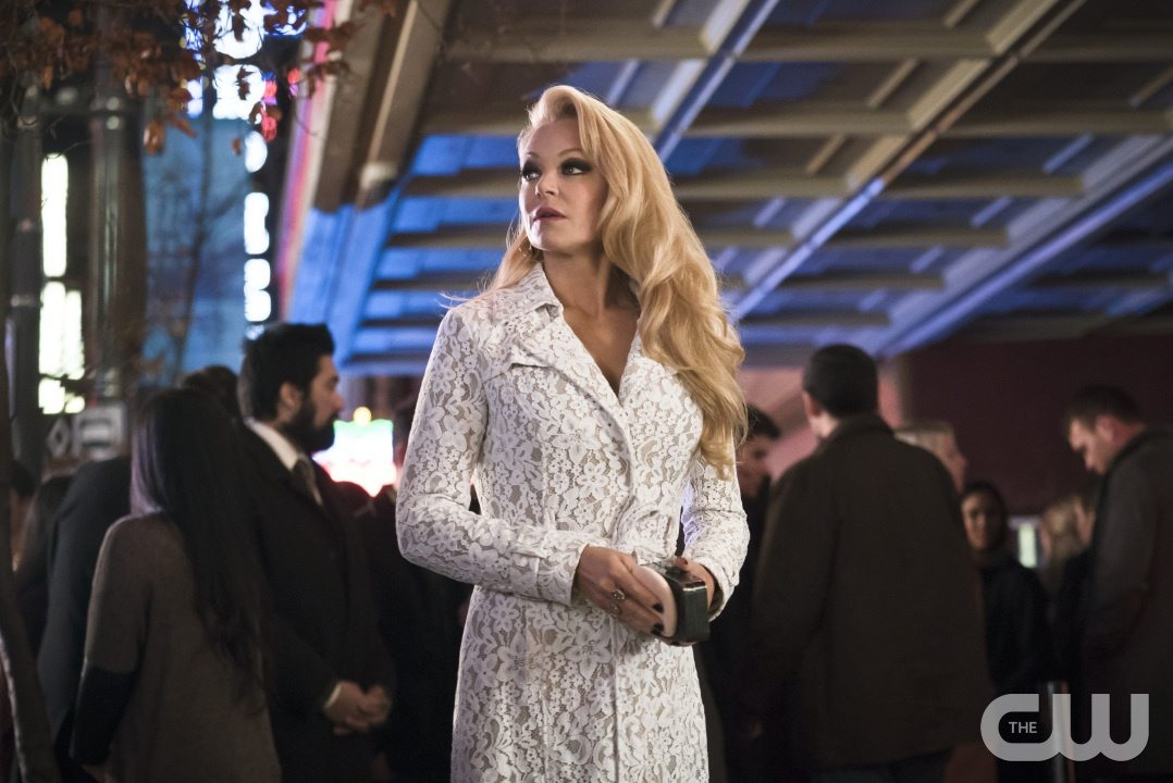 """Arrow -- """"Code of Silence"""" -- Image AR414b_0173b.jpg -- Pictured: Charlotte Ross as Donna Smoak -- Photo: Katie Yu/ The CW -- �© 2016 The CW Network, LLC. All Rights Reserved."""