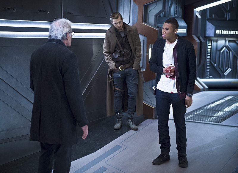 "DC's Legends of Tomorrow -- ""White Knights"" -- Image LGN104A_0390b.jpg -- Pictured (L-R): Victor Garber as Professor Martin Stein, Arthur Darvill as Rip Hunter and Franz Drameh as Jefferson ""Jax"" Jackson -- Photo: Diyah Pera/The CW -- �© 2016 The CW Network, LLC. All Rights Reserved."