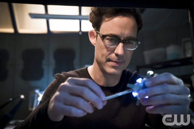 "The Flash -- ""Fast Lane"" -- Image: FLA212B_0174b.jpg -- Pictured: Tom Cavanagh as Harrison Wells -- Photo: Katie Yu/The CW -- �© 2016 The CW Network, LLC. All rights reserved."