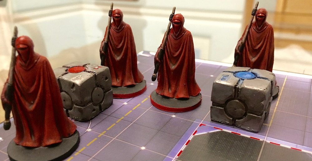 Finished Royal Guards and drybrushed crates (Photo by Anthony Karcz)