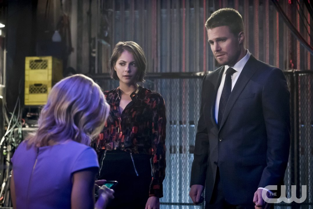 "Arrow -- ""Code of Silence"" -- Image AR414b_0121b.jpg -- Pictured (L-R): Emily Bett Rickards as Felicity Smoak, Willa Holland as Thea Queen, and Stephen Amell as Oliver Queen -- Photo: Katie Yu/ The CW -- �© 2016 The CW Network, LLC. All Rights Reserved."