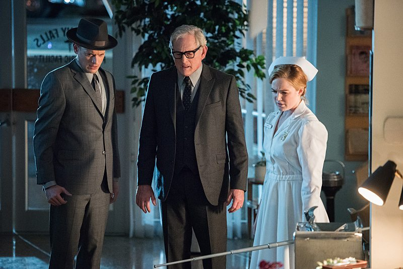 "DC's Legends of Tomorrow -- ""Night of the Hawk"" -- Image LGN108a_0591.jpg -- Pictured (L-R): Wentworth Miller as Leonard Snart / Captain Cold, Victor Garber as Professor Martin Stein, and Caity Lotz as White Canary -- Photo: Dean Buscher/The CW -- © 2016 The CW Network, LLC. All Rights Reserved"