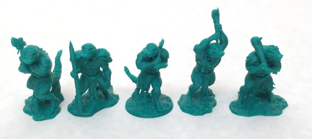 These great 28mm sized miniatures were created by DRAGONLOCK. They are well designed for the needs of 3D printing. No support structure is necessary. Image: Ryan Hiller.