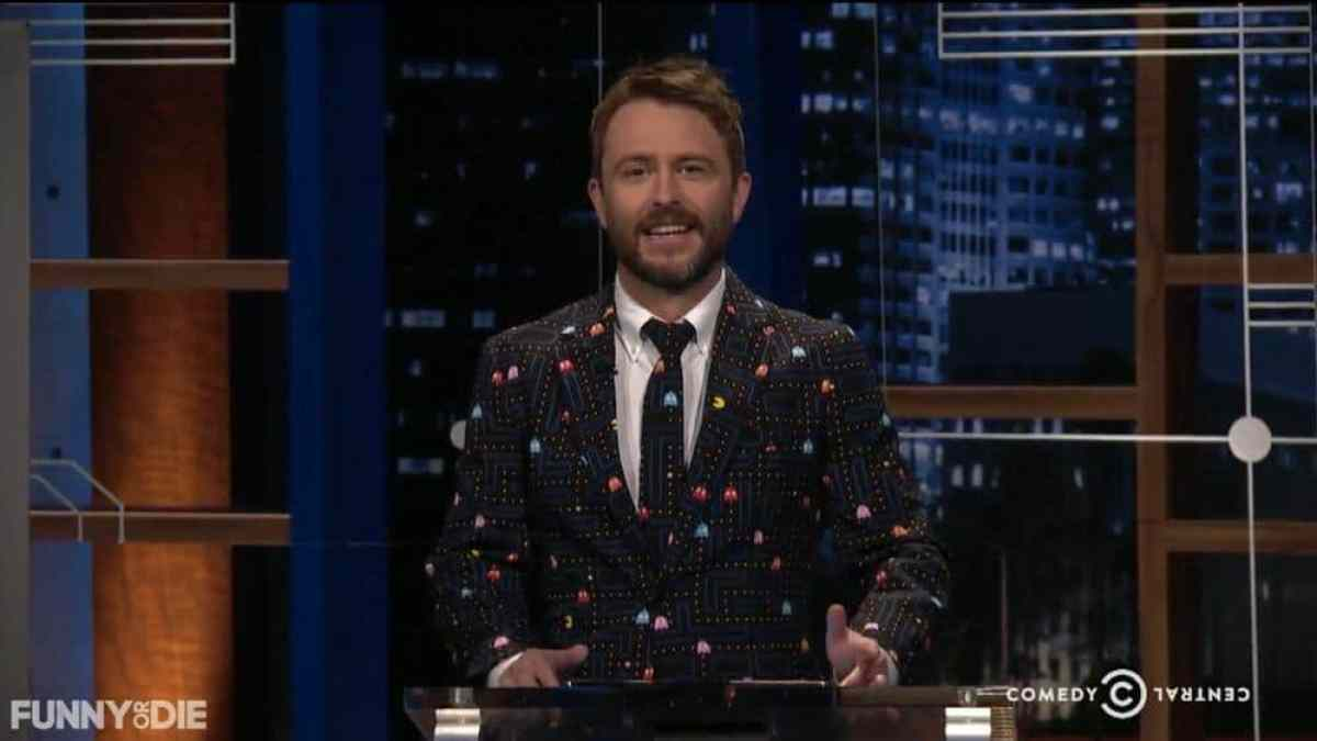 Chris Hardwick in a Pac-Man Suit