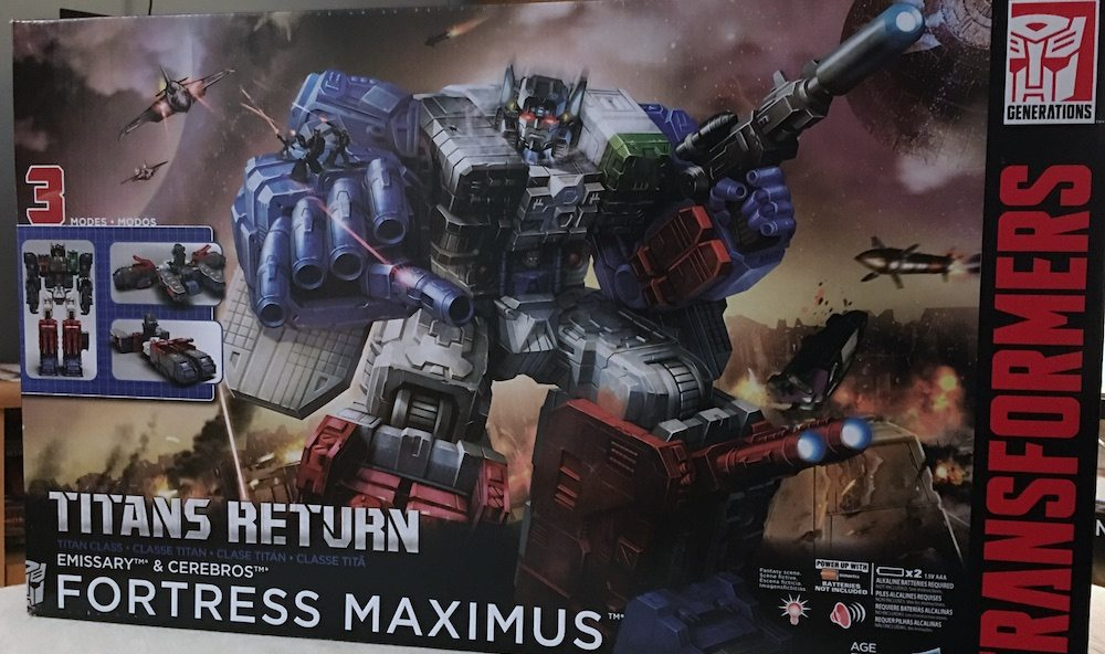 Fortress Maximus, Blaster, and Powermaster Prime Kick Off the New Transformers 'Titans Return' Line