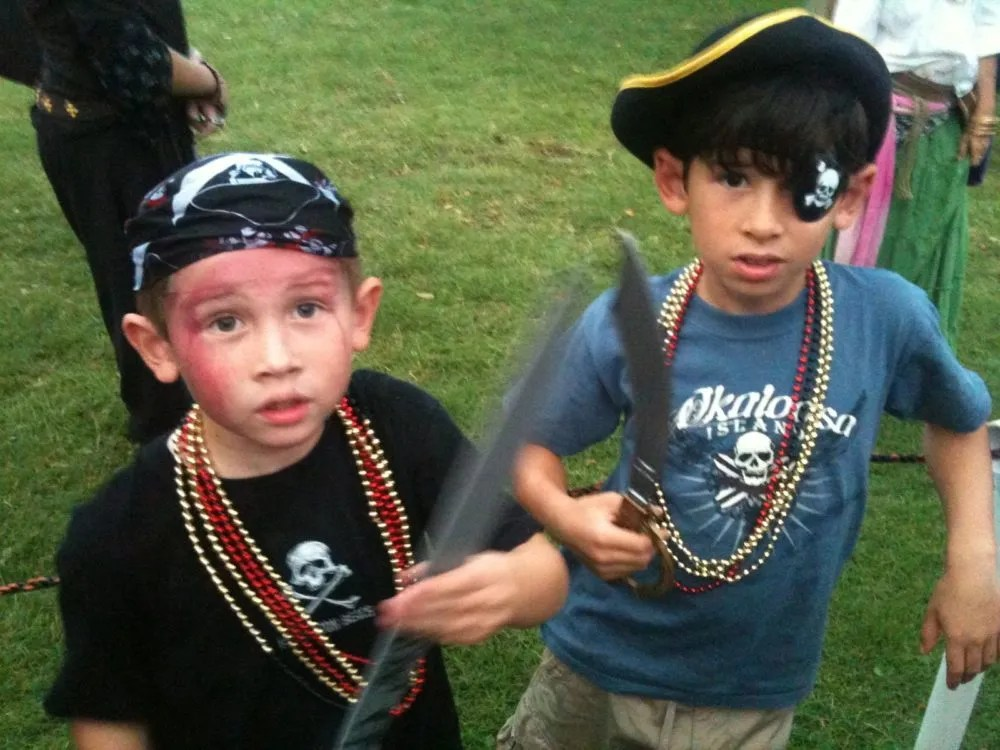 Lads transformed t' pirates! Yaaaaaar!!! Photo: Patricia Vollmer