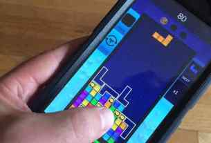 Tetris Blitz on the iPhone