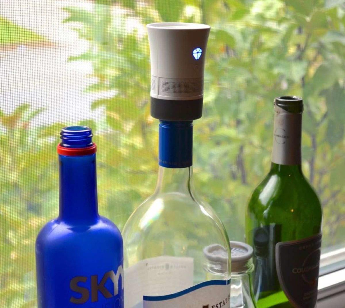 Cork speaker uses bottles