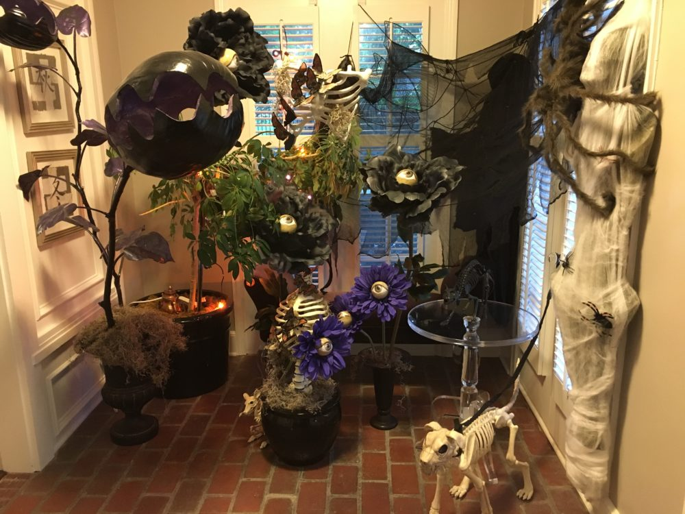 Haunted Bone Garden — Halloween Decorating Craft