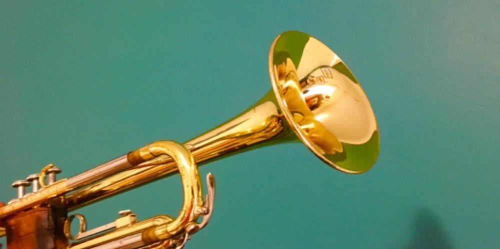 trumpet-busking-title