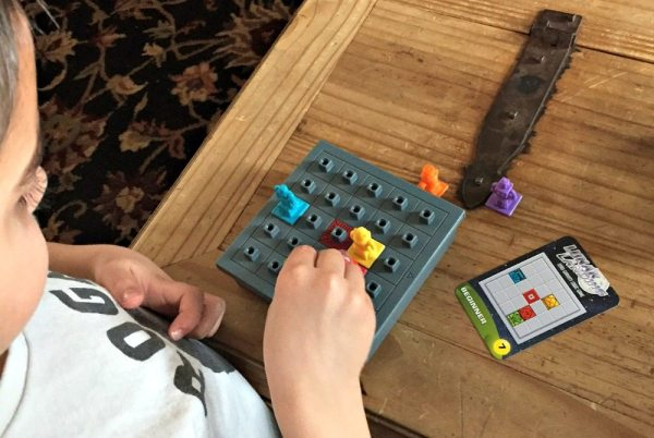 Cure Boredom with ThinkFun's All Star Logic Games | Caitlin Fitzpatrick Curley, GeekMom