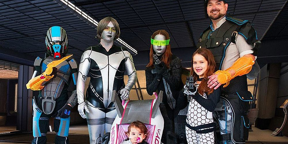 Cosplay Family Spotlight: Thorne Family Costuming