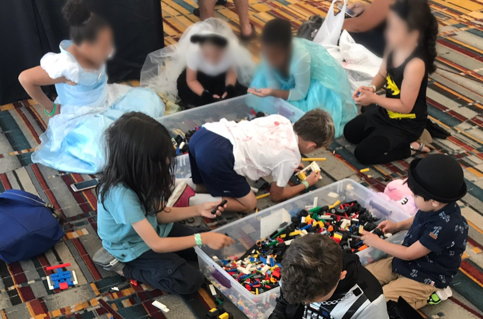 ConnLUG at ConnectiCon: Building the LEGO Community