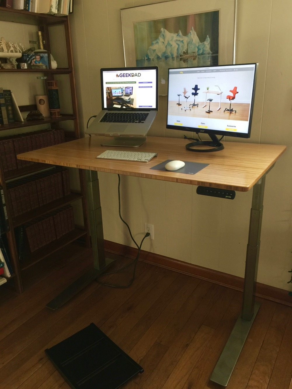 Jarvis Bamboo Adjustable Standing Desk Best Desk Ive Ever Used