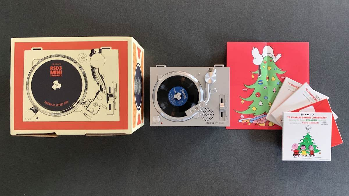 RSD3 Mini Turntable Charlie Brown Christmas