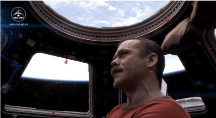 Commander Chris Hadfield Sings Space Oddity