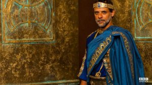 As King of Atlantis, Minos oversees a prosperous city and a mighty army.