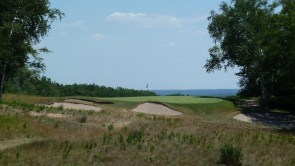 Crystal Downs #14 ((photo by Golf Tripper, on Twitter @ItinerantGolfer)