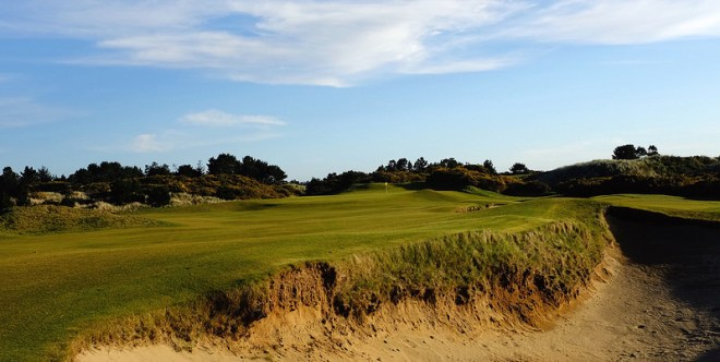 PacificDunes15-FairwayBunker-JC